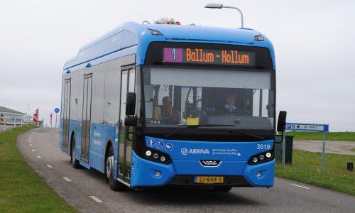 bus-2429091_960_720